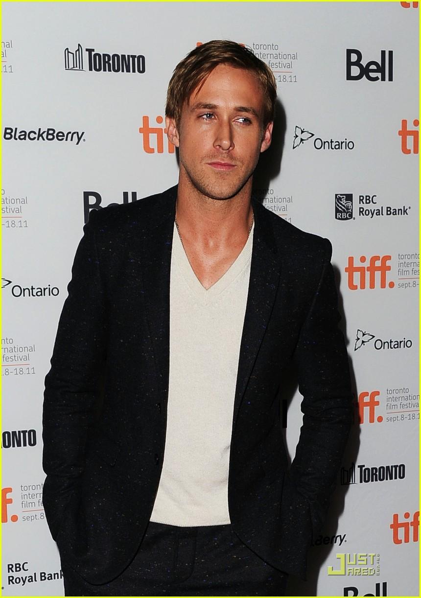 ryan gosling drive premiere in toronto 18