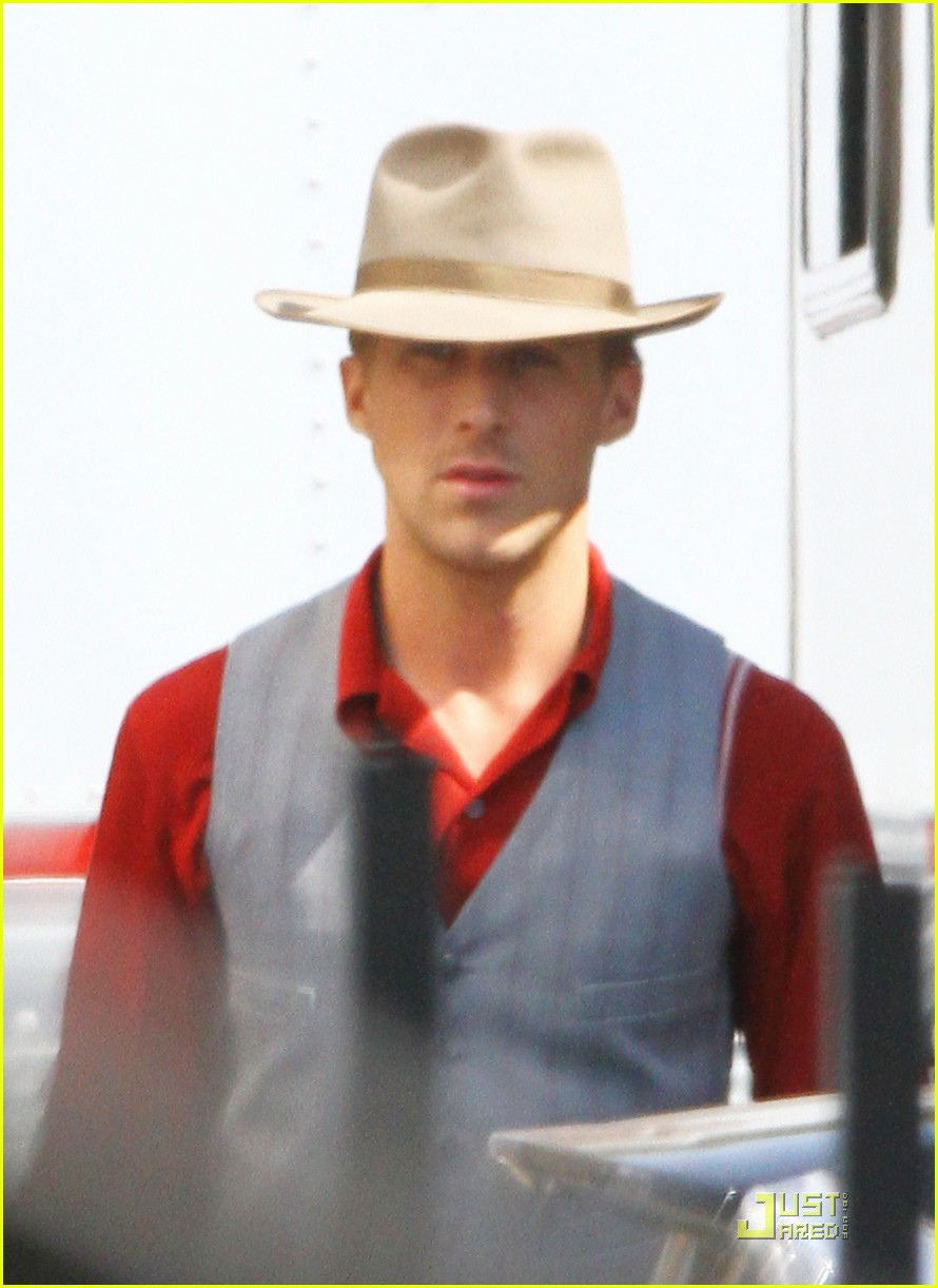ryan gosling gangster set 09