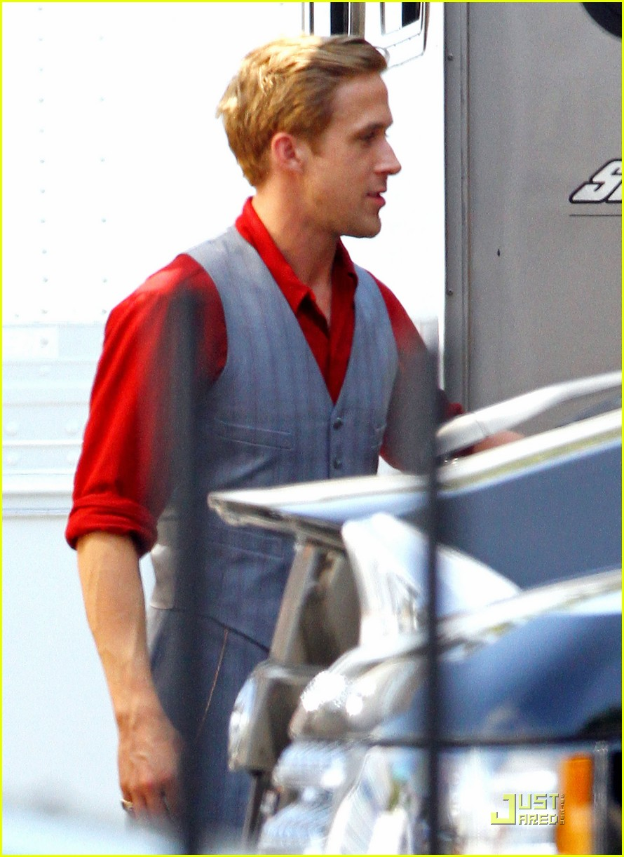 ryan gosling gangster set 11