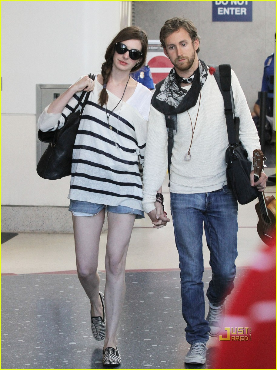 anne hathaway adam shulman lax 01