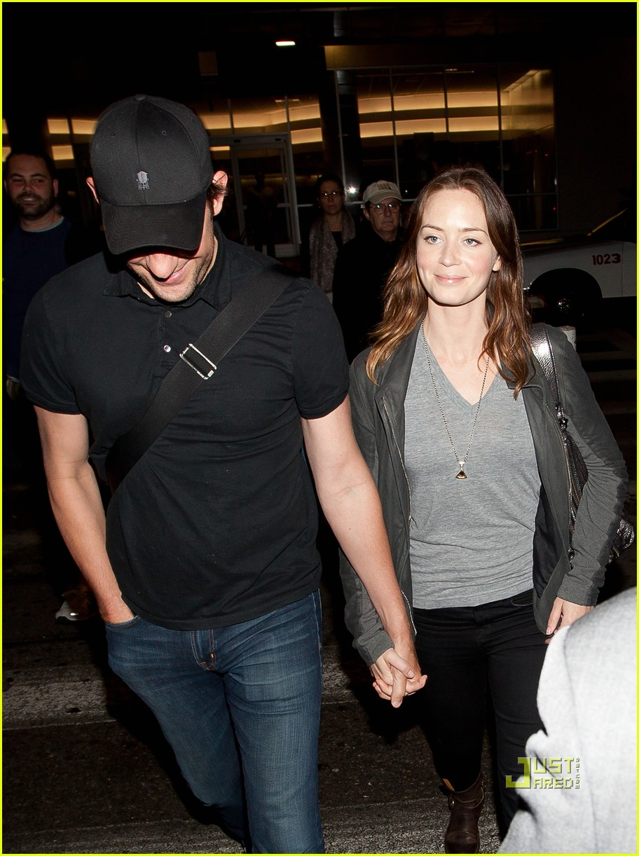 john krasinski emily blunt lax 01
