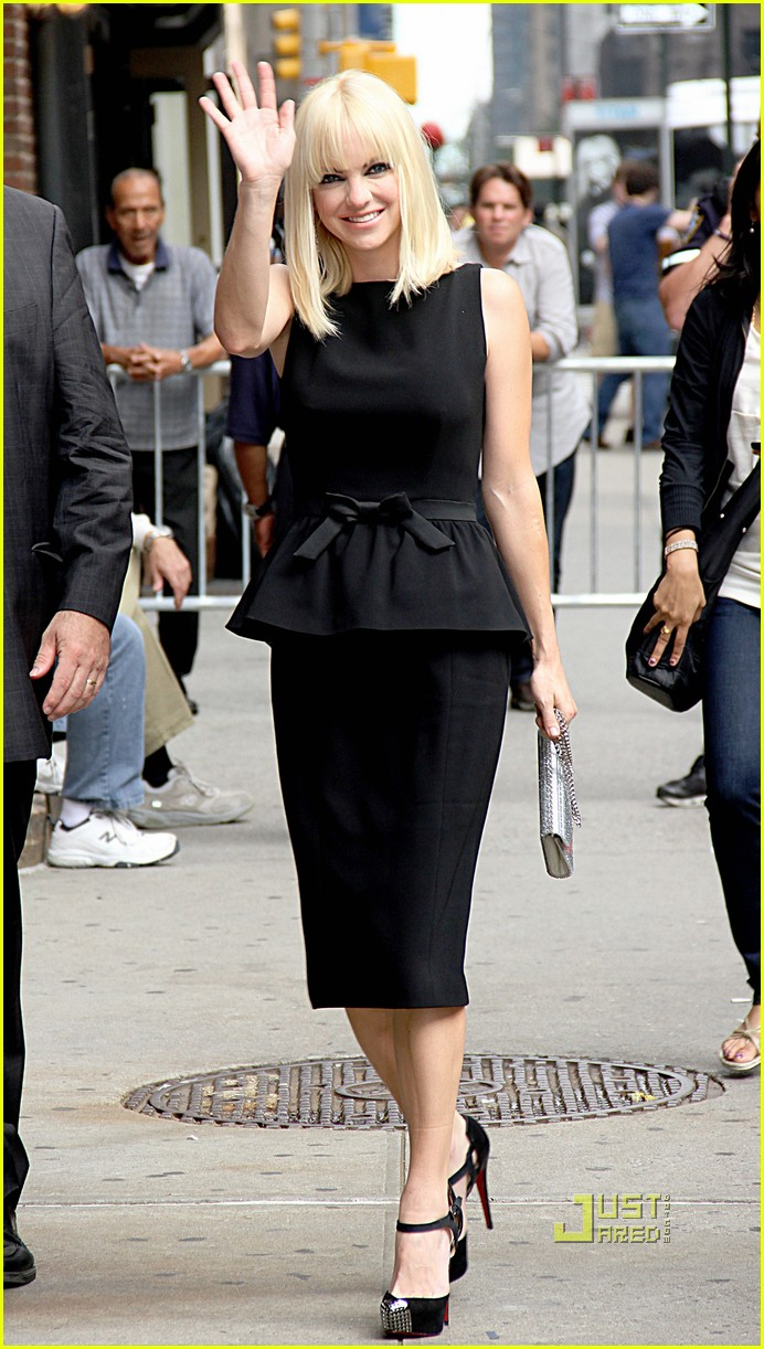 anna faris late show letterman marie claire express 07