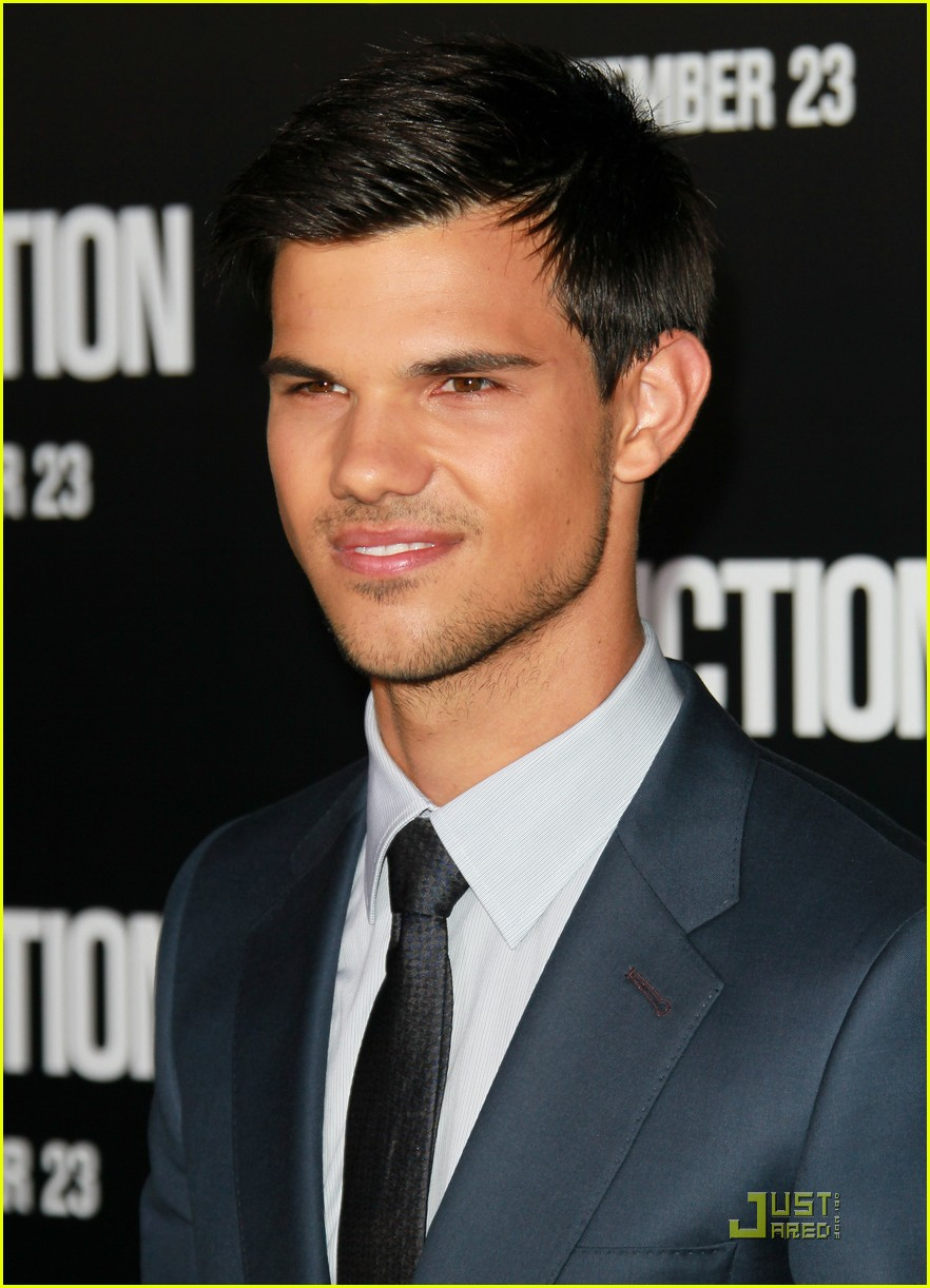 taylor lautner lily collins abduction premiere 15