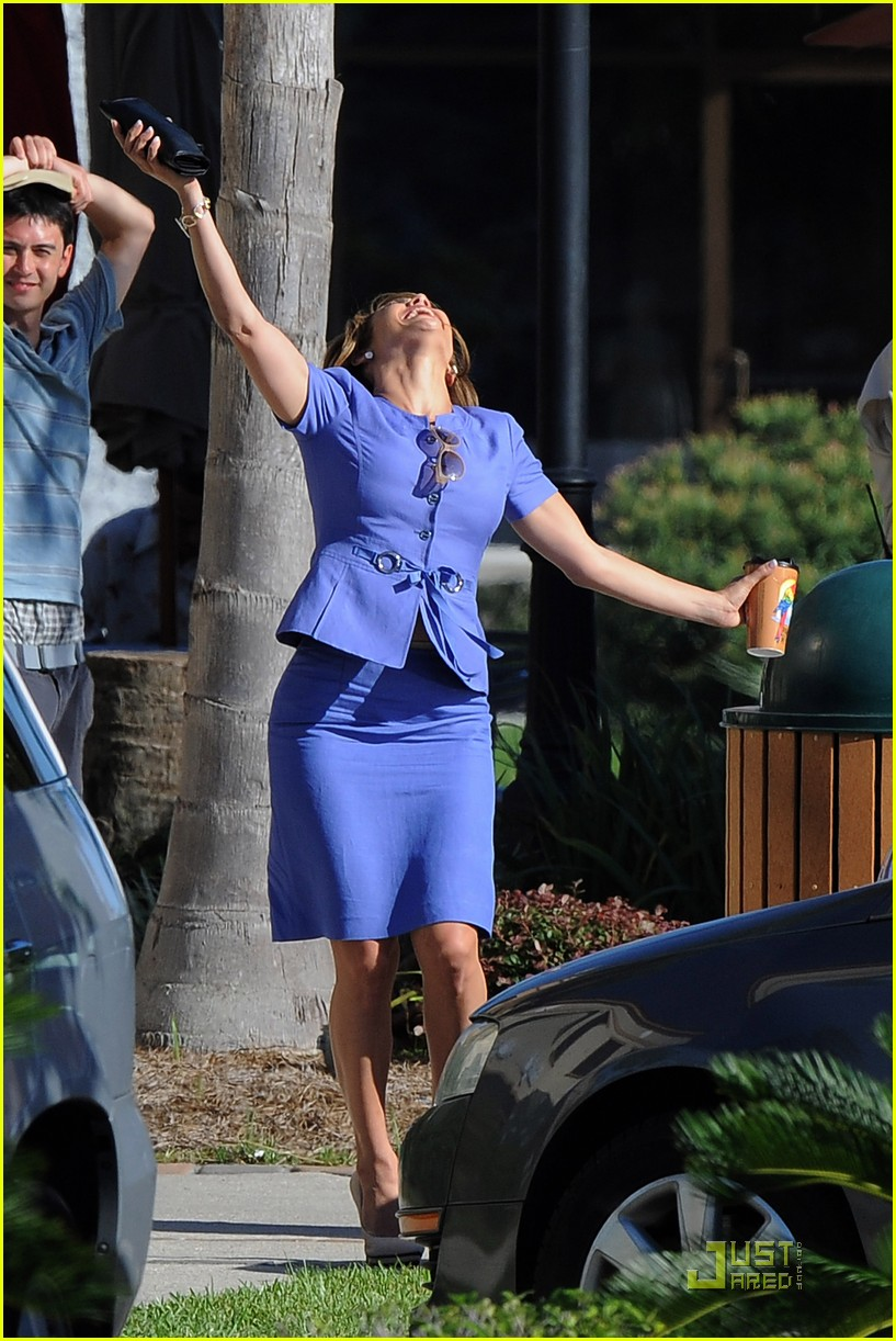 jennifer lopez jumps joy 08