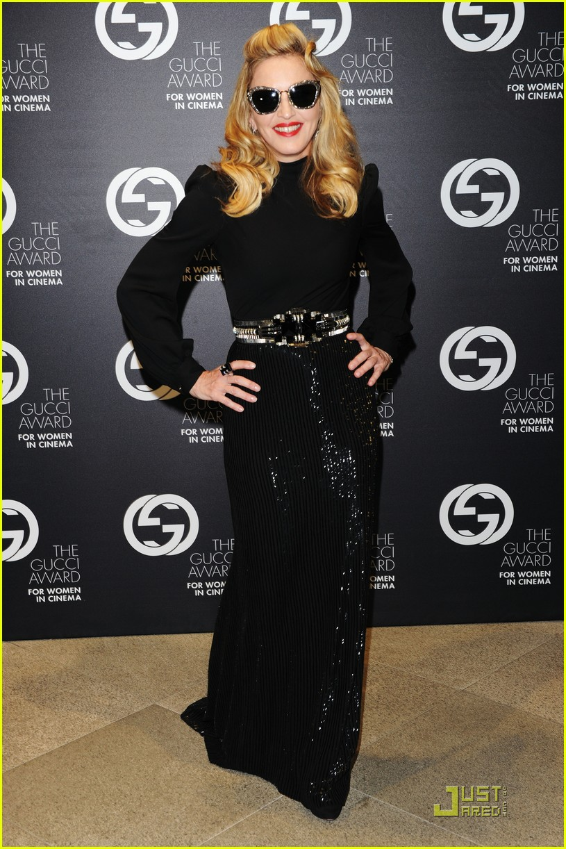 madonna abbie cornish gucci award ladies 01