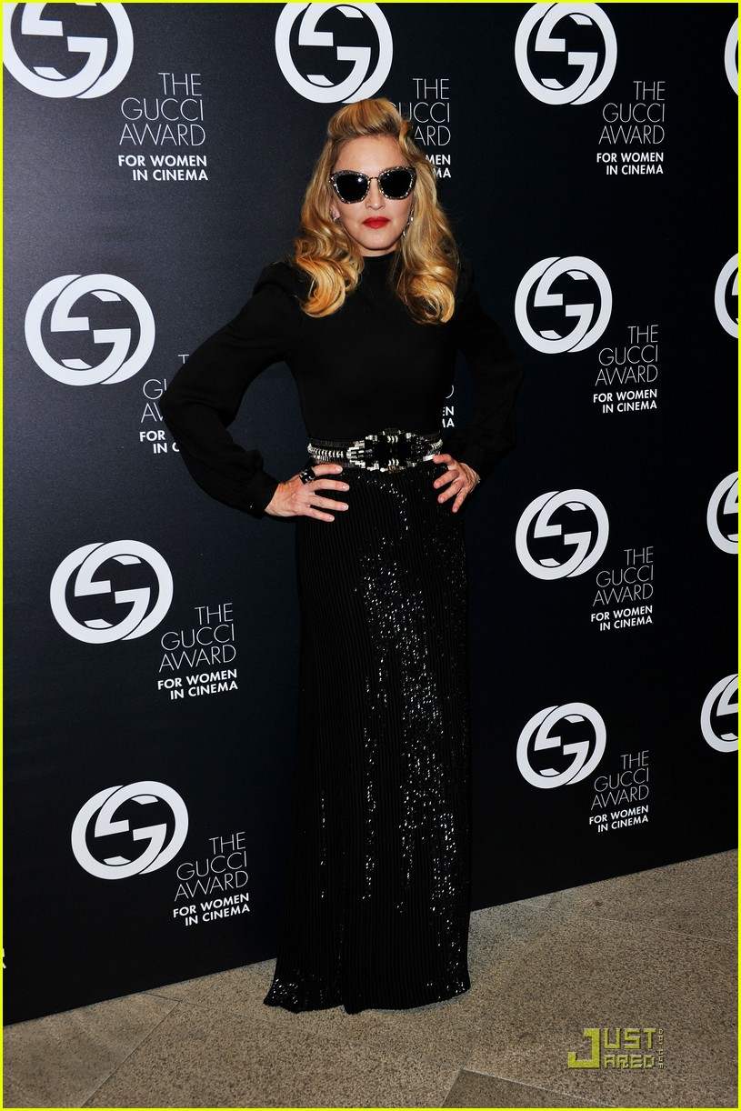 madonna abbie cornish gucci award ladies 03