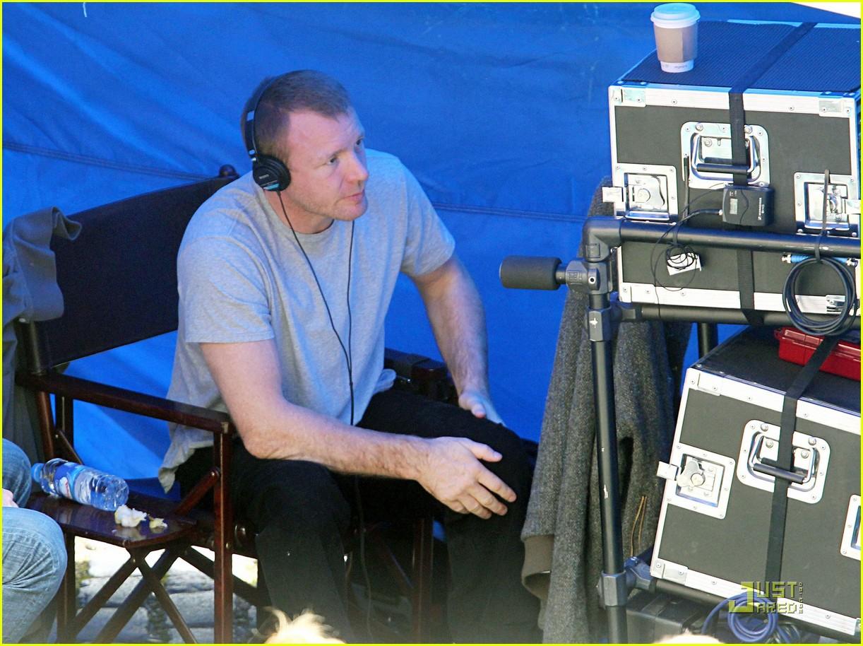 rachel mcadams robert downey jr sherlock filming 10