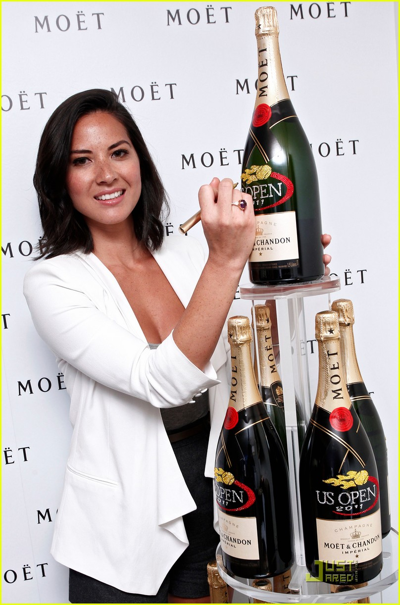 olivia munn us open and qvc chick 022579158