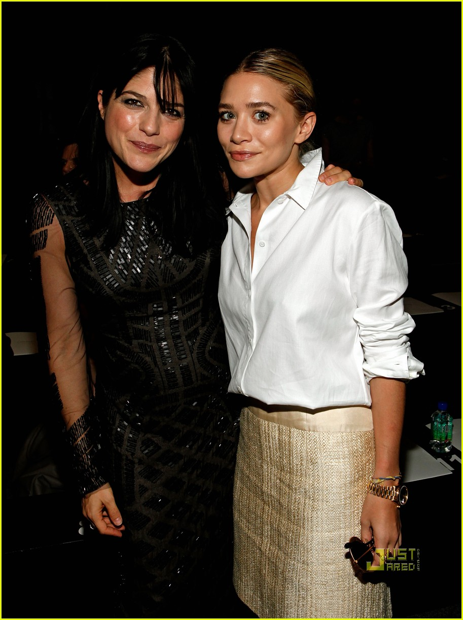 mary kate ashley olsen j mendel fashion week 02