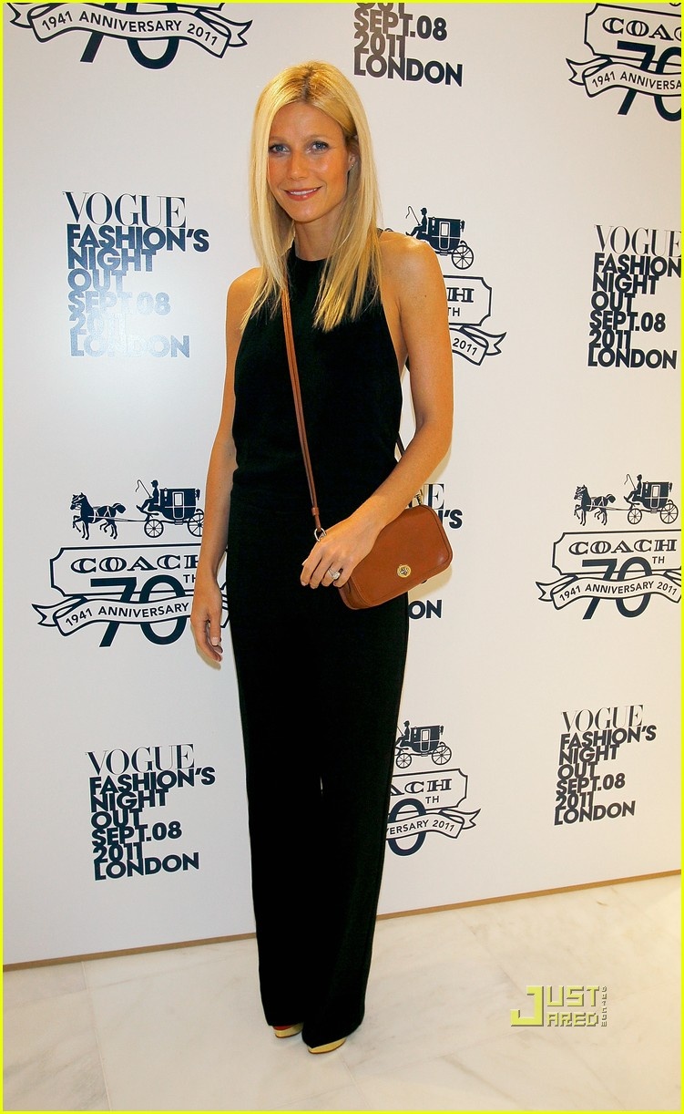 gwyneth paltrow fashions night out coach 032577832