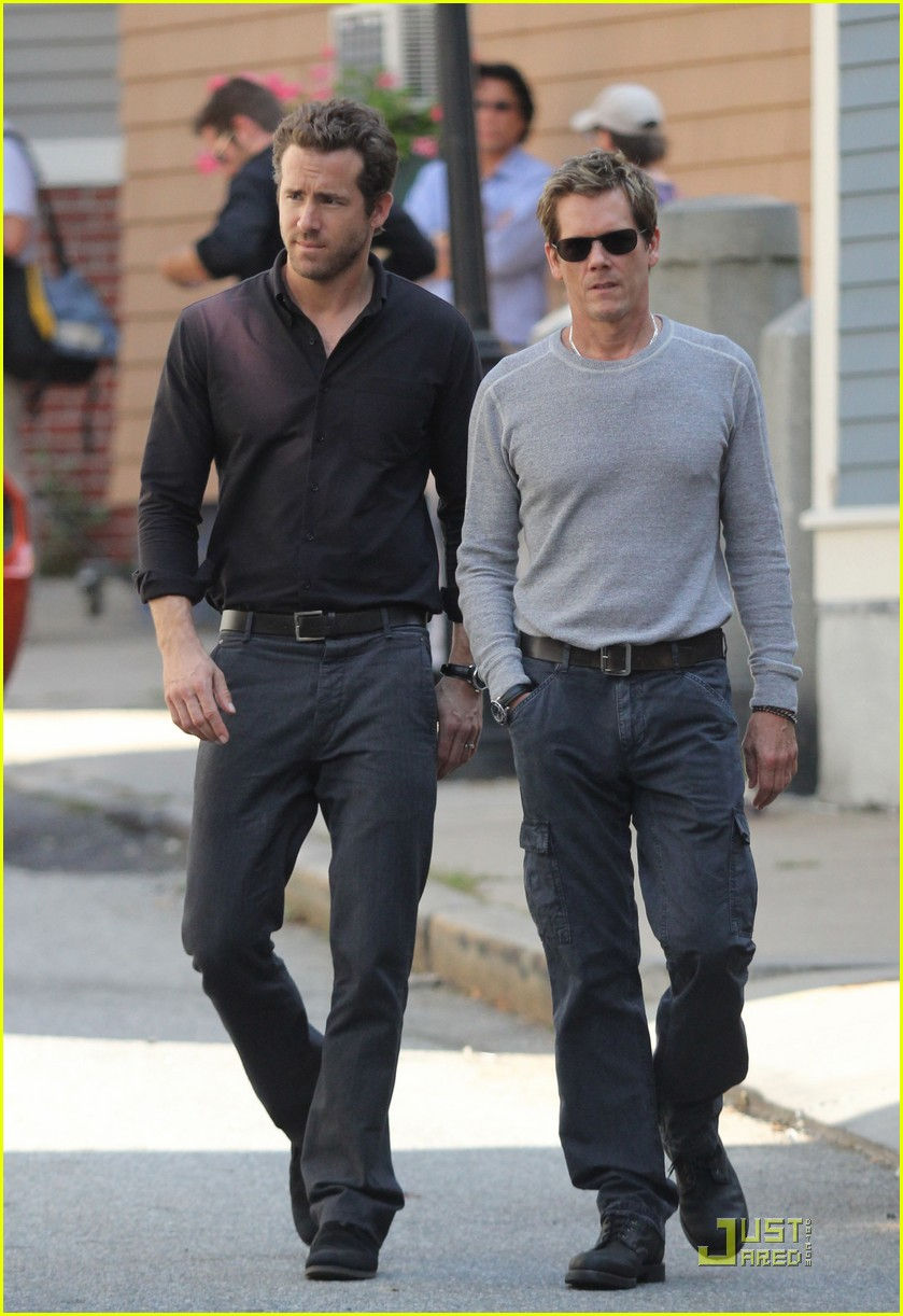 ryan reynolds set kevin bacon 012579644