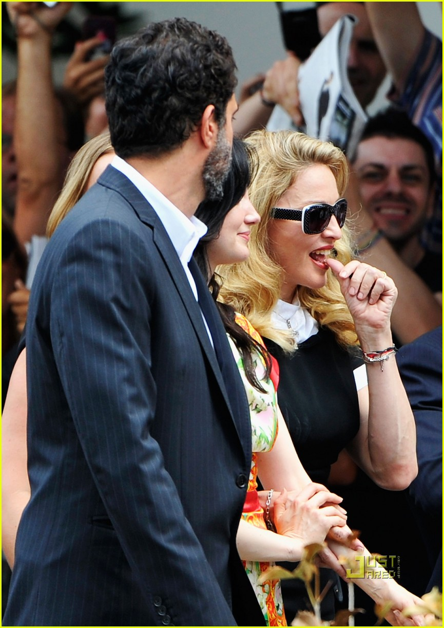madonna we photo call venice film festival 06