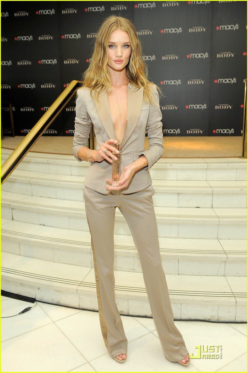 rosie huntington whiteley macys 062579349