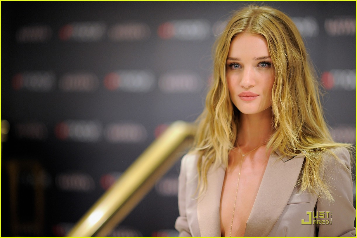 rosie huntington whiteley macys 142579357