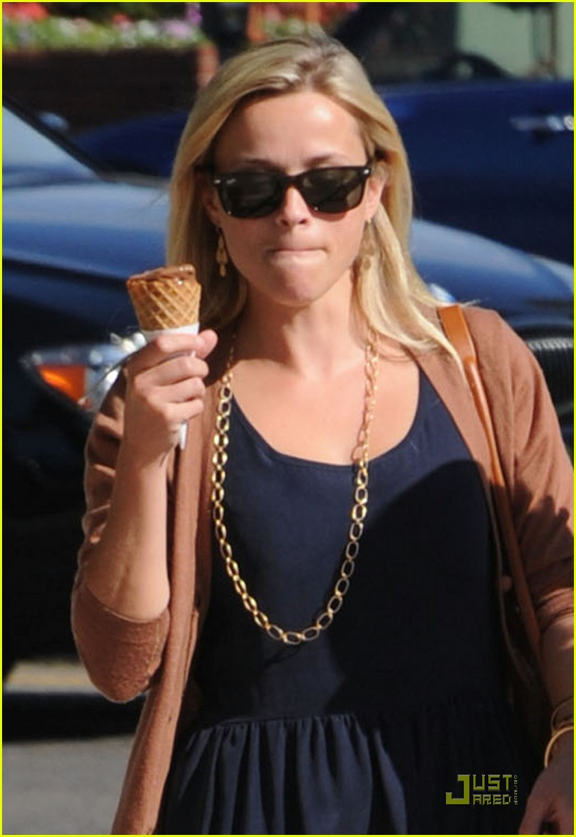 reese witherspoon car accident 02