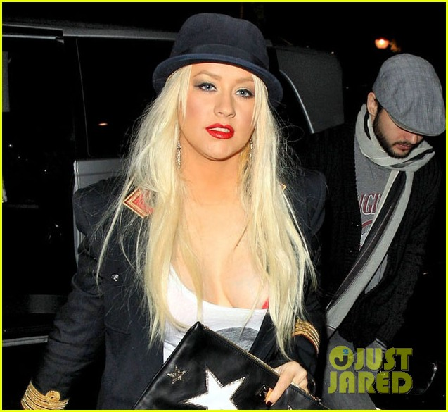 christina aguilera theatre matt 042587505