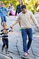 jessica alba central park with the family 16