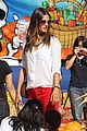 alessandra ambrosio pumpkin patch with anja 03
