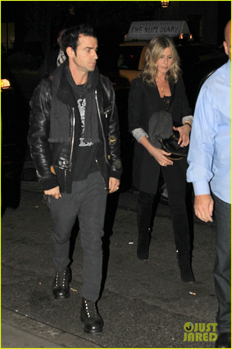 jennifer aniston justin theroux snl after party 03