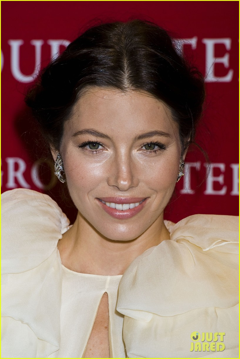 jessica biel fashion group 08