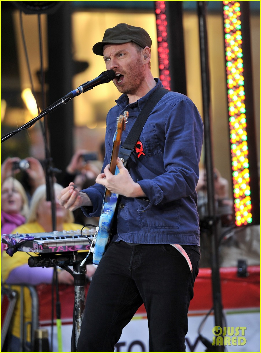 chris martin coldplay today 02