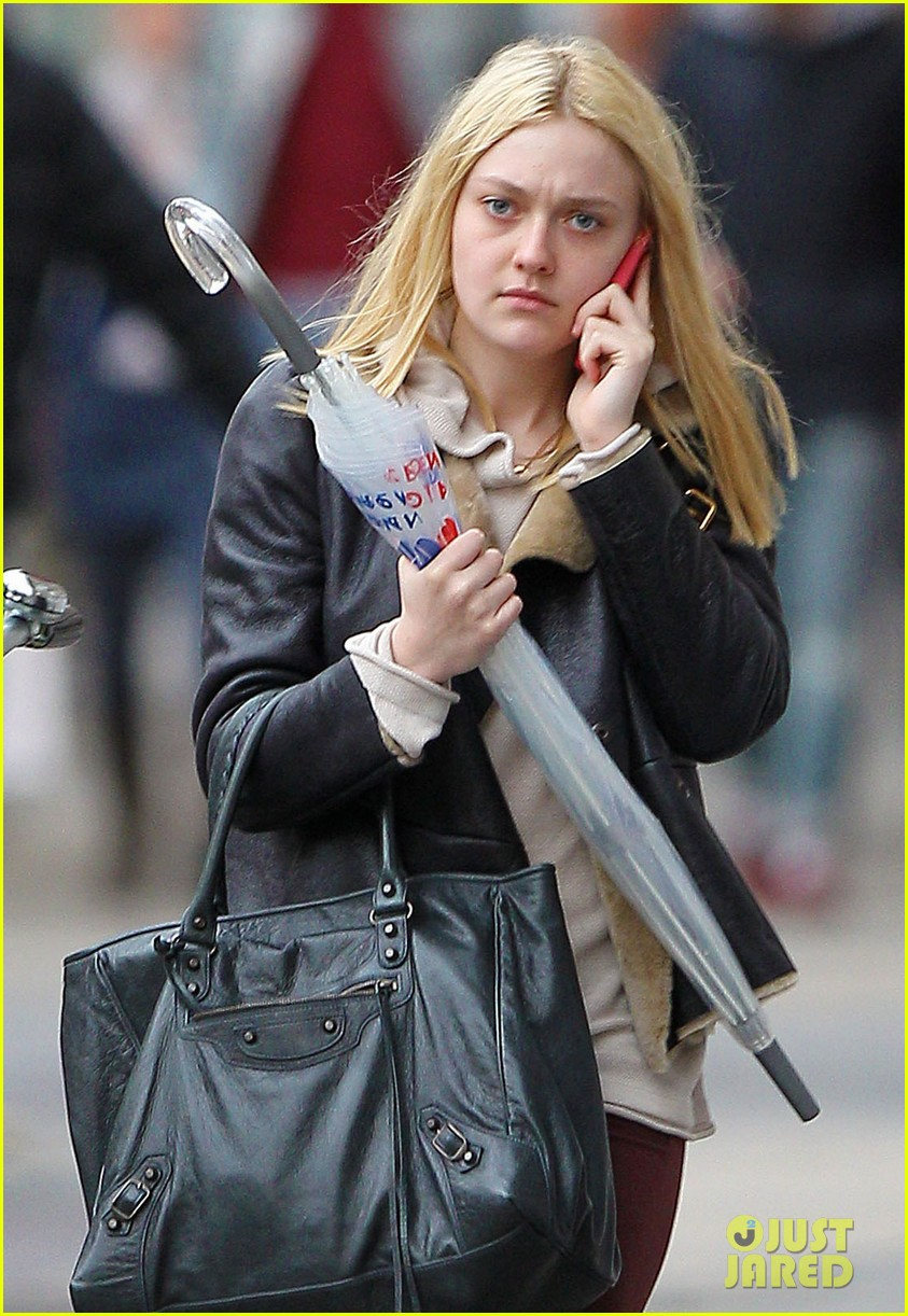 dakota fanning elle dinner 042587143
