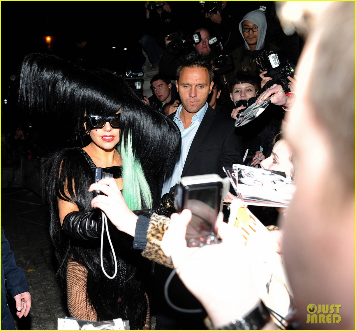 lady gaga hair outfit 13