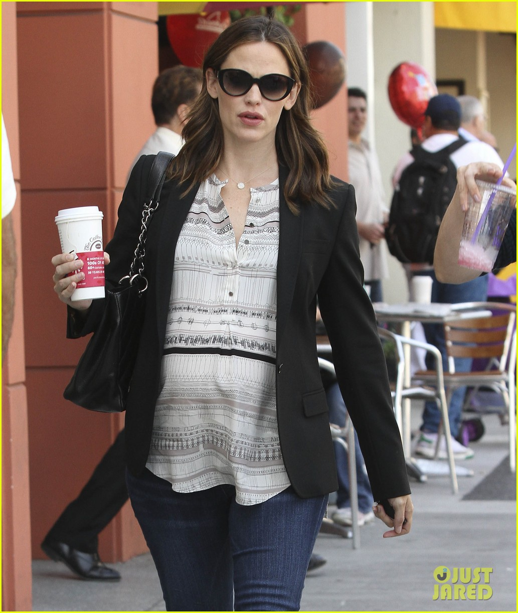 jennifer garner coffee pal 06