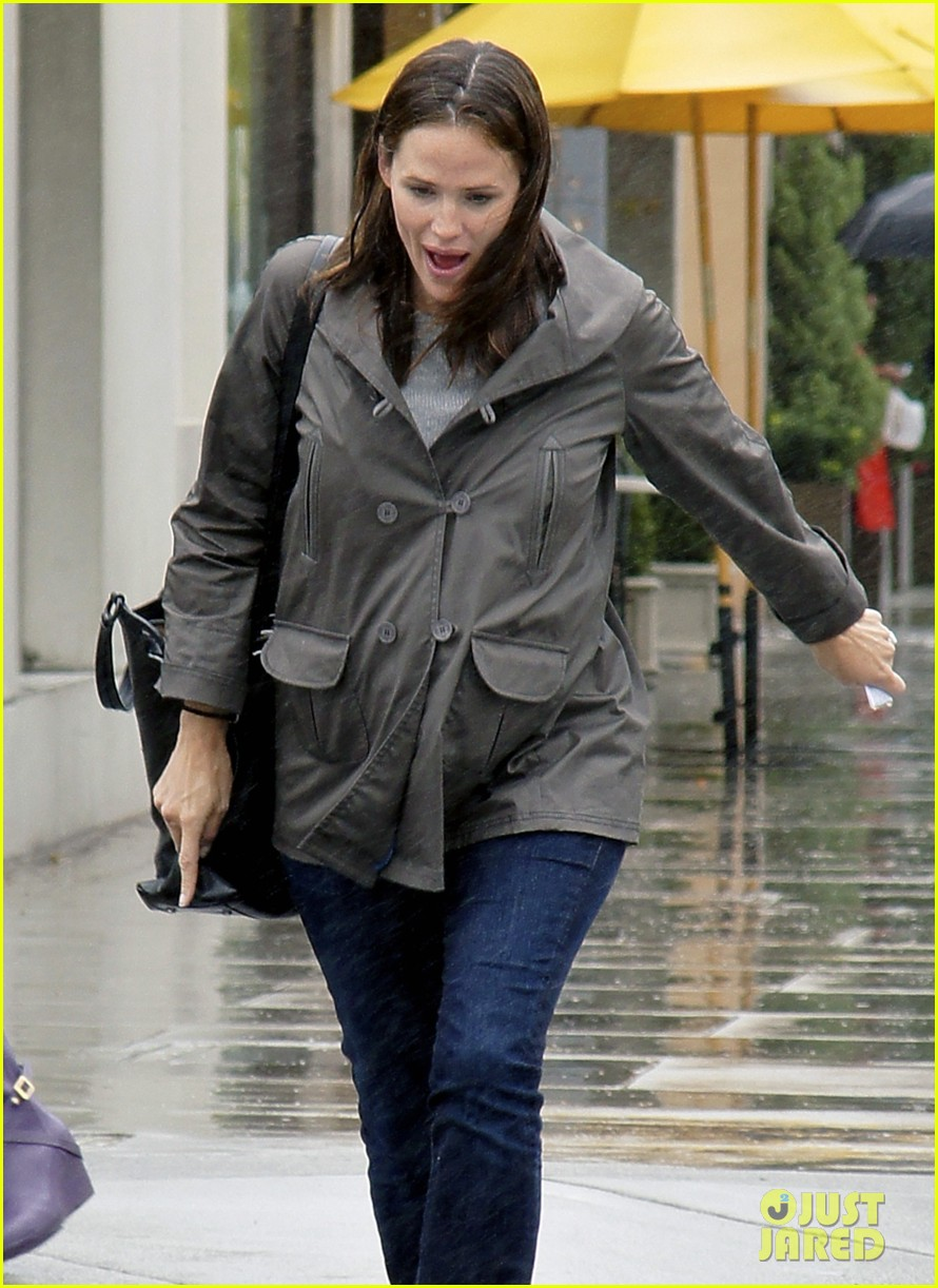 jennifer garner m cafe 102587190