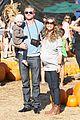 rebecca gayheart eric dane pumpkin patch with billie 12