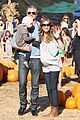 rebecca gayheart eric dane pumpkin patch with billie 13