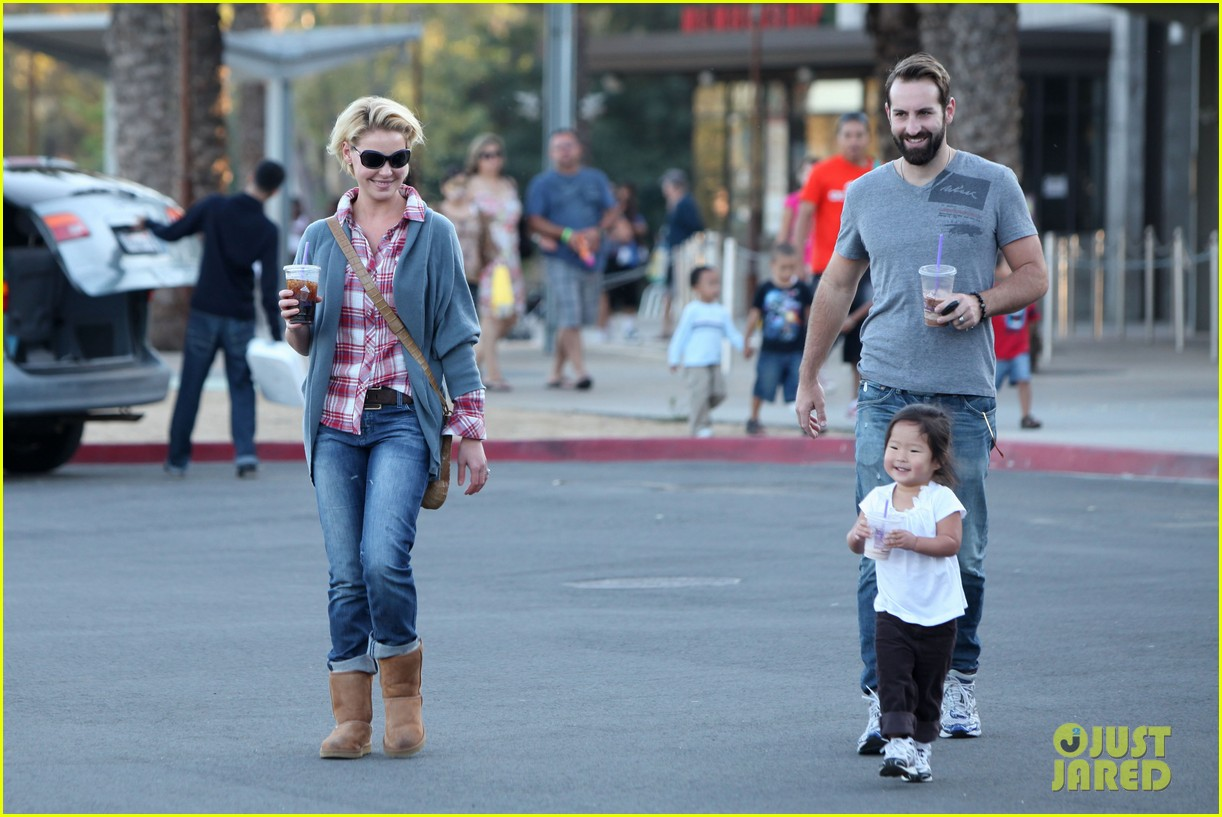 - katherine-heigl-josh-kelley-naleigh-zoo-03
