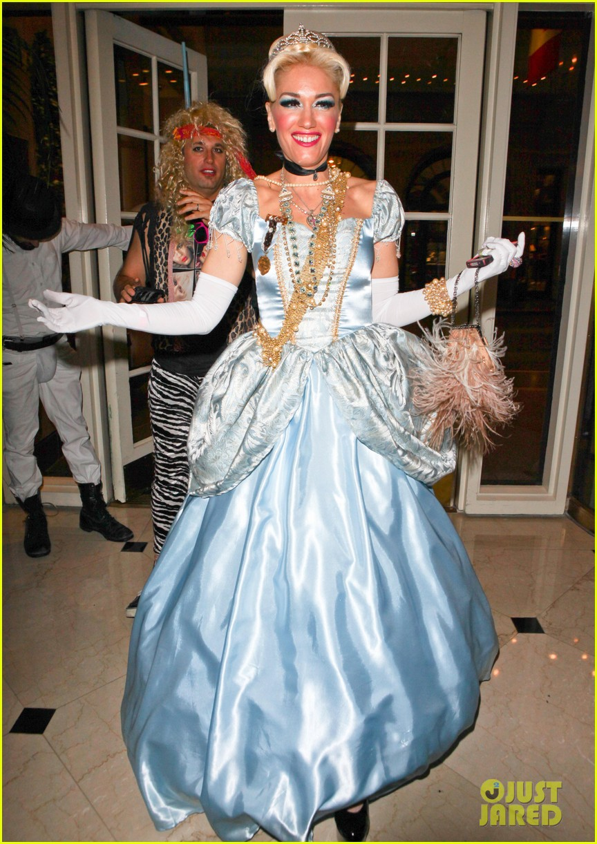 kate hudson halloween bash 01