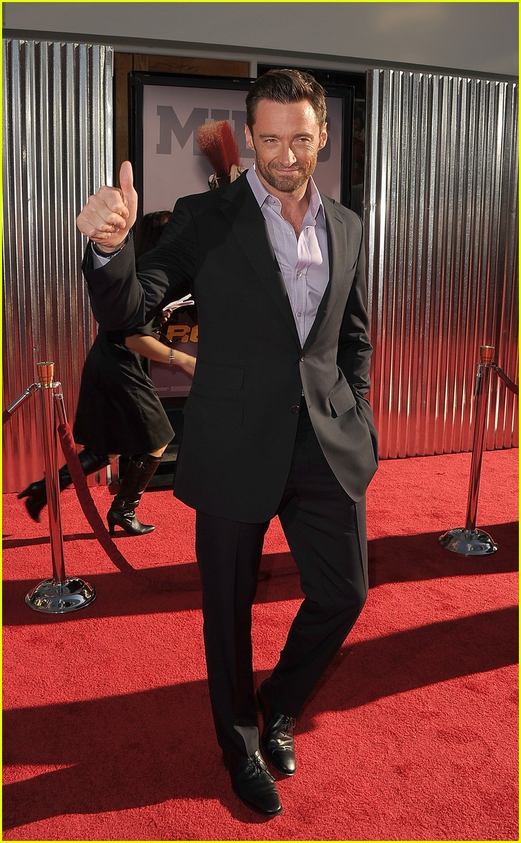hugh jackman real steel universal city premiere 03