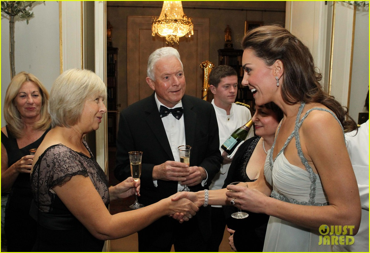 duchess kate in kind direct clarence house 042594158