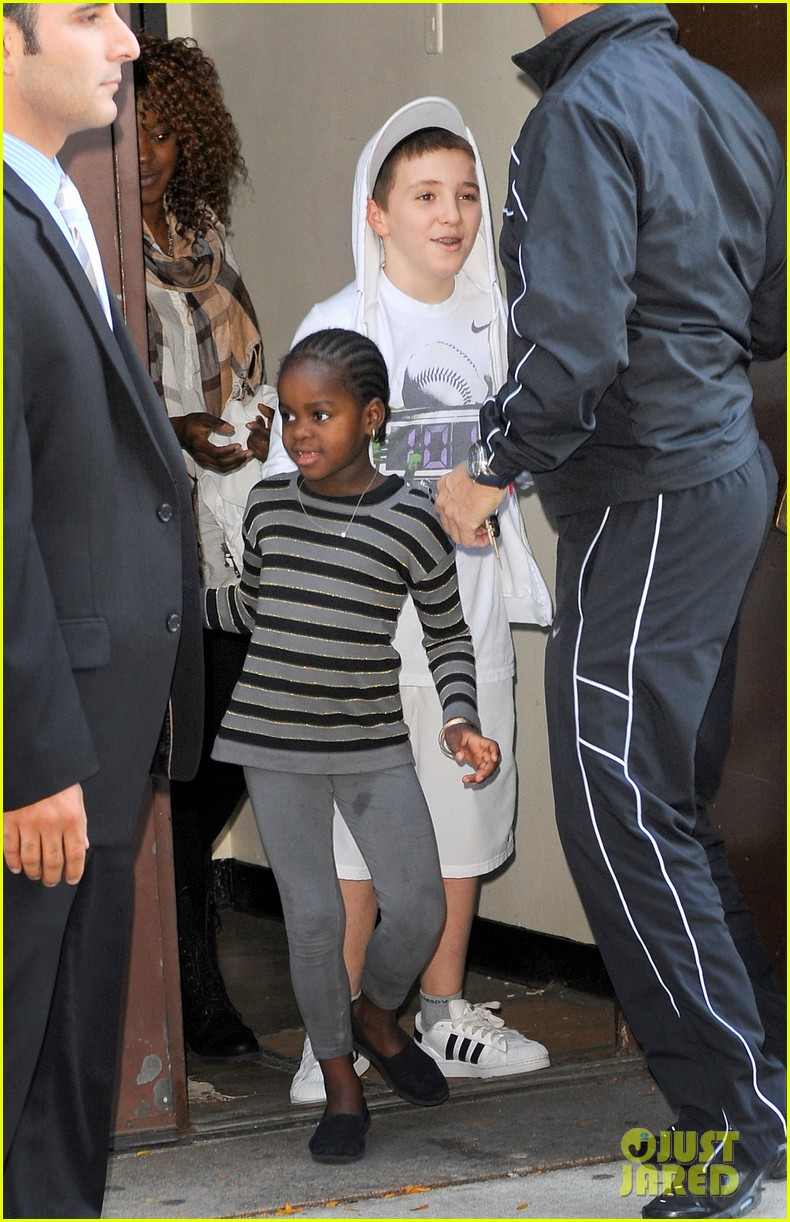 madonna lourdes leon yom kippur 02