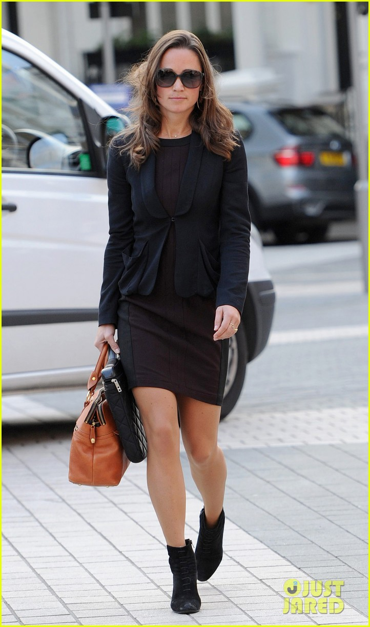 pippa middleton ankle booties work 08