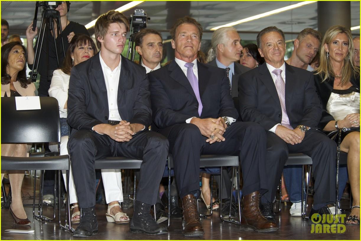 Patrick Schwarzenegger And Arnold