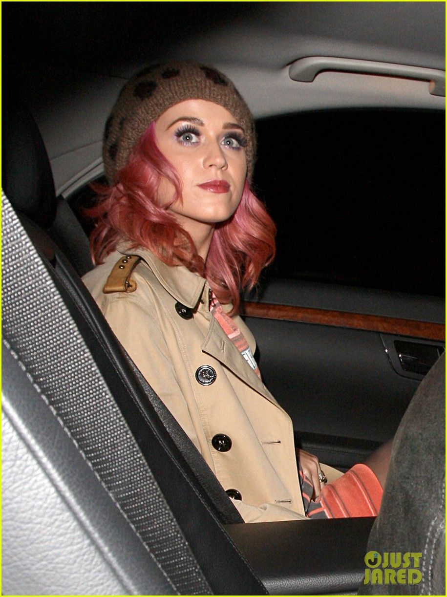 katy perry pink hair 05