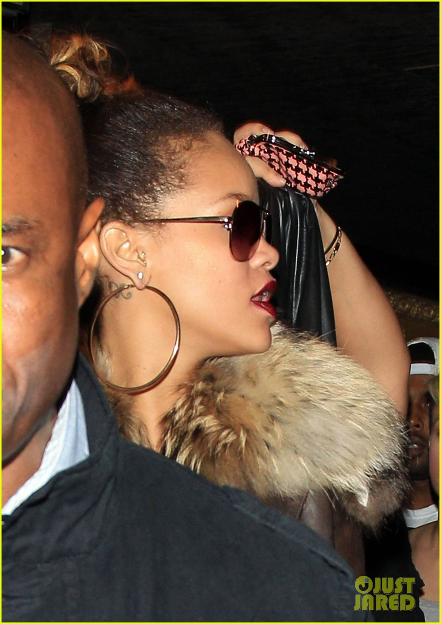 rihanna stringfellows london 02