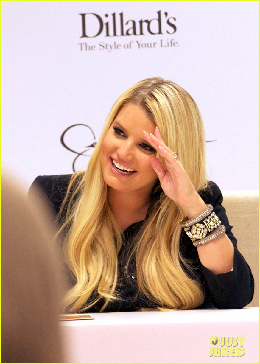 jessica simpson dillards new orleans 08