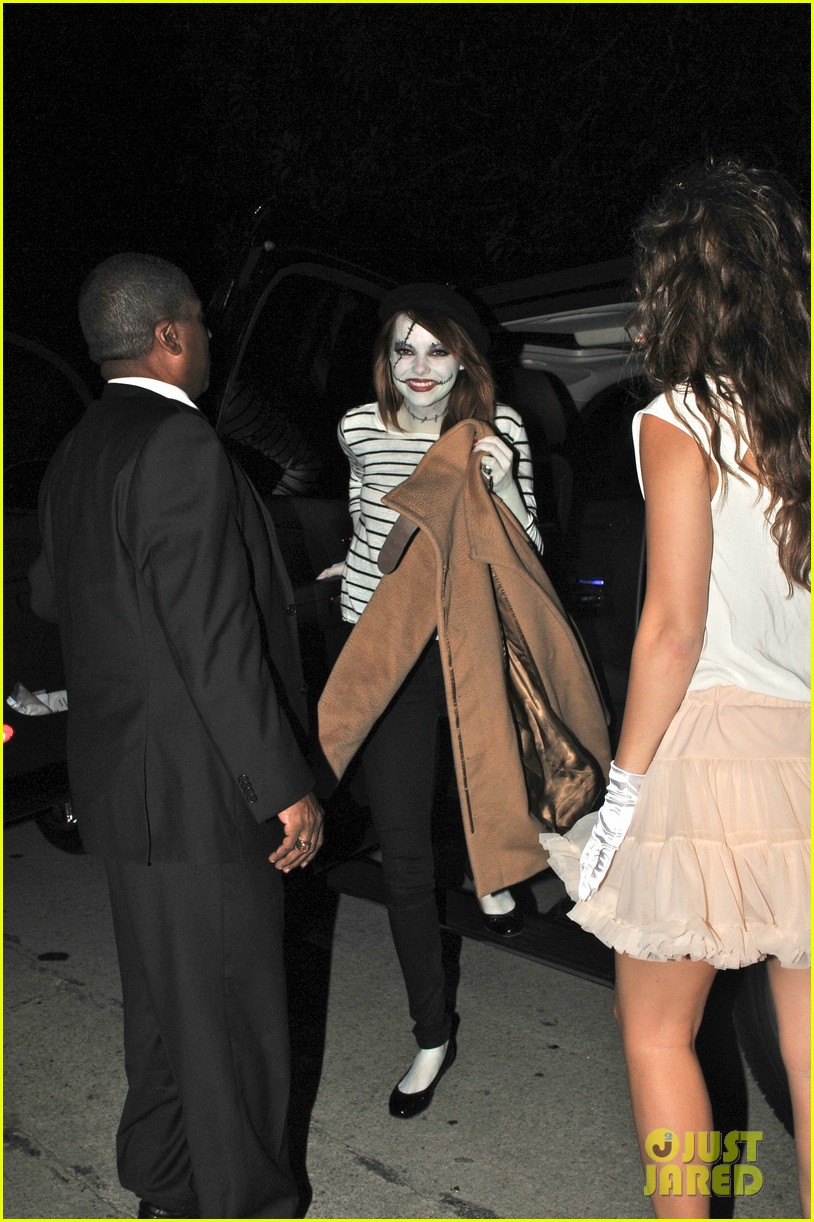 Emma Stone & Andrew Garfield: Halloween Party Pair!: Photo ...