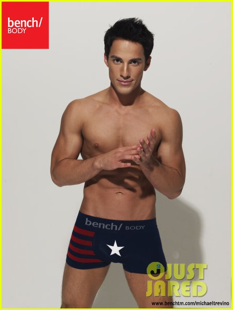 michael trevino shirtless underwear 02