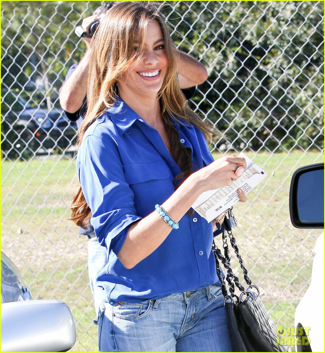 sofia vergara parking ticket blues 02