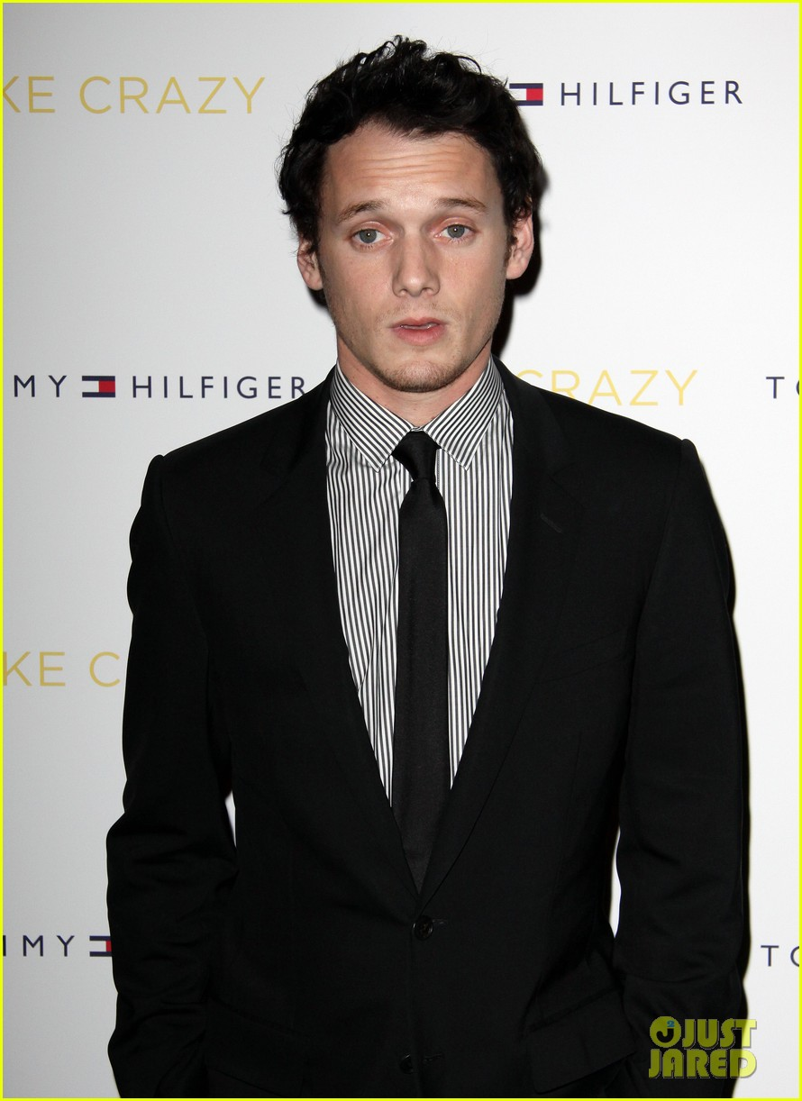 anton yelchin like crazy new york premiere with felicity jones 12