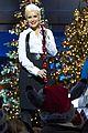 christina aguilera disney christmas 05