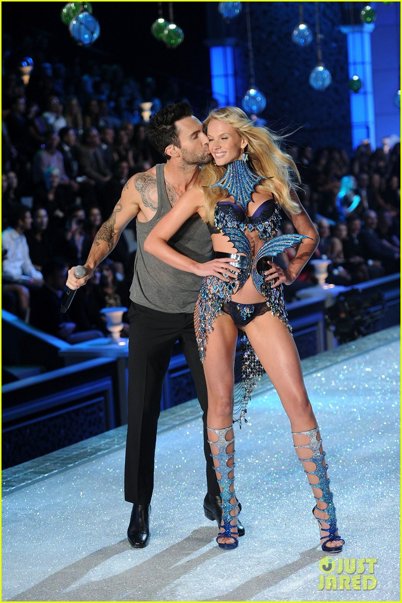adam levine and anne vyalitsyna just jared