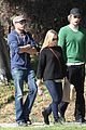 kristen bell dax shepard walk los feliz 02