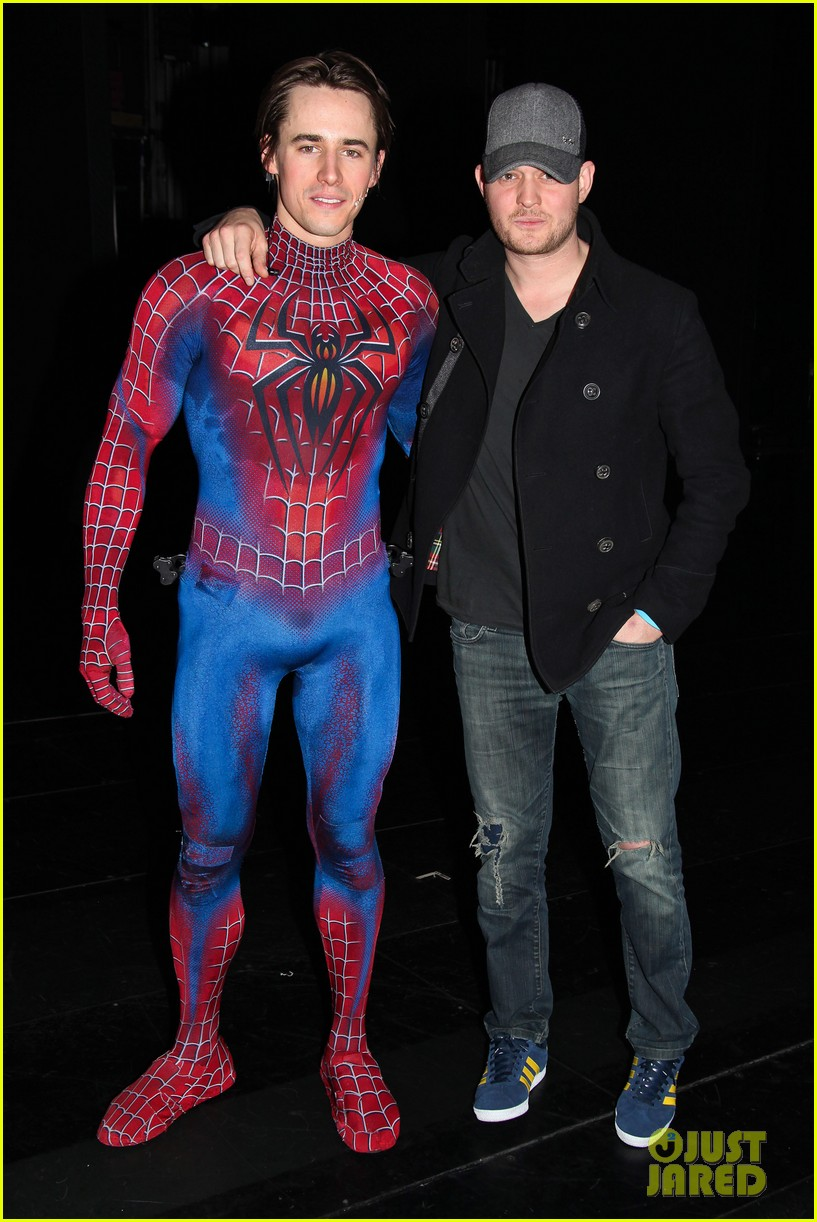 michael buble visits spiderman broadway 01