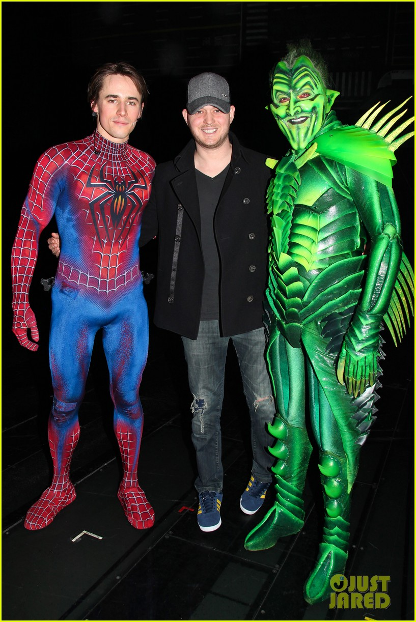 michael buble visits spiderman broadway 03